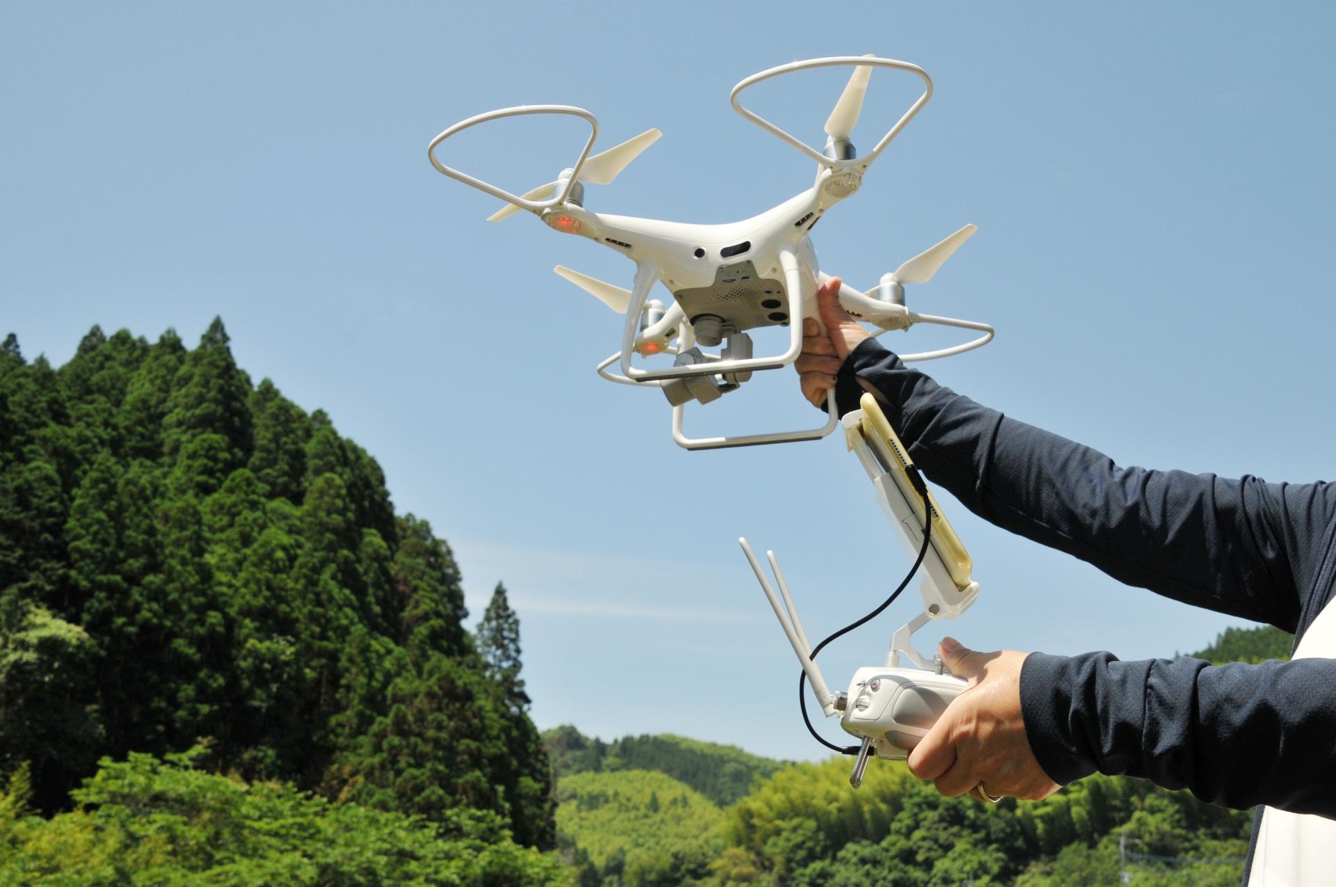 2021年11月3日(水)甲子園キッズフェスタ ドローン飛行体験開催
